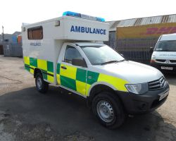 Mitsubishi L200 Box Body Ambulance (SV30)